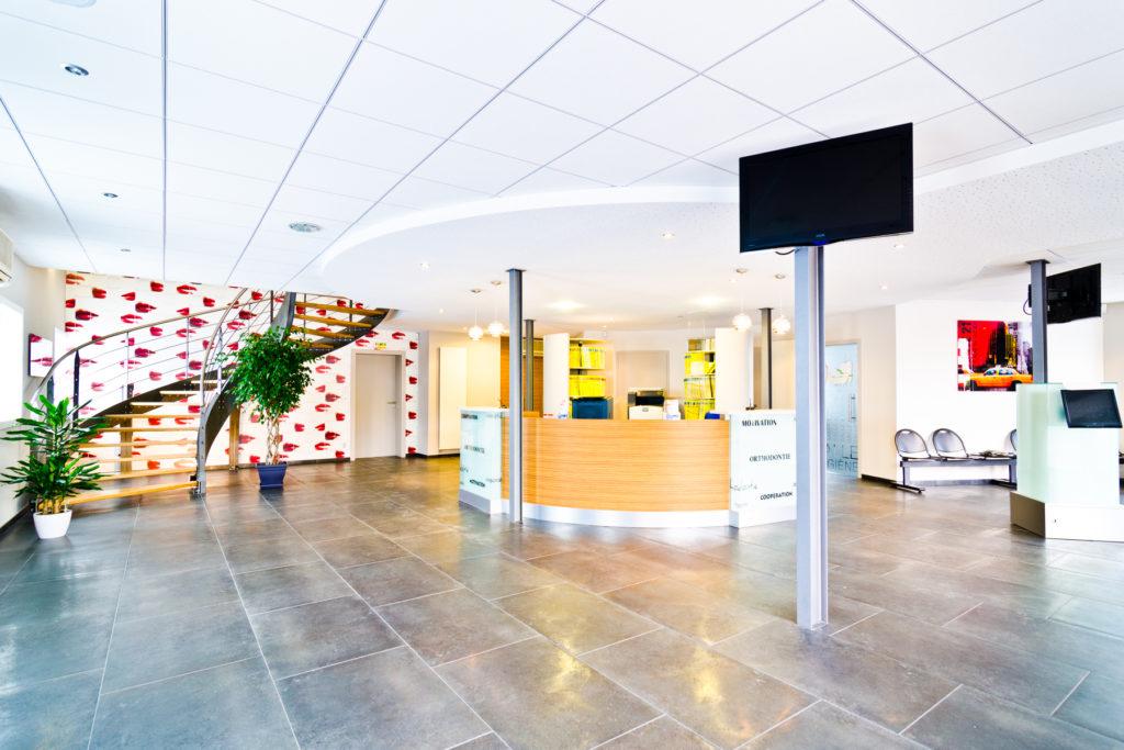 Photographe Metz Intérieur Salle d'attente et accueil d'un Cabinet Dentaire à Thionville
